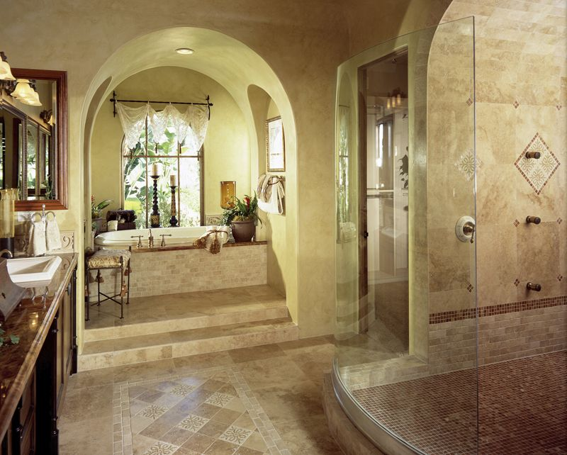 Love the arch that leads to the bathtub