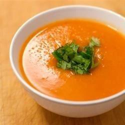 Karottensuppe mit Ingwer und Butternut Kürbis