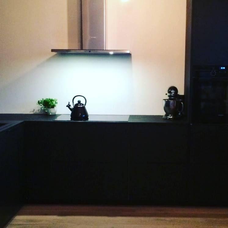 Ikeaskrog med Studio10 valchromat fronter. #ikea #metod #kjøkken #studio10 #valchromat
