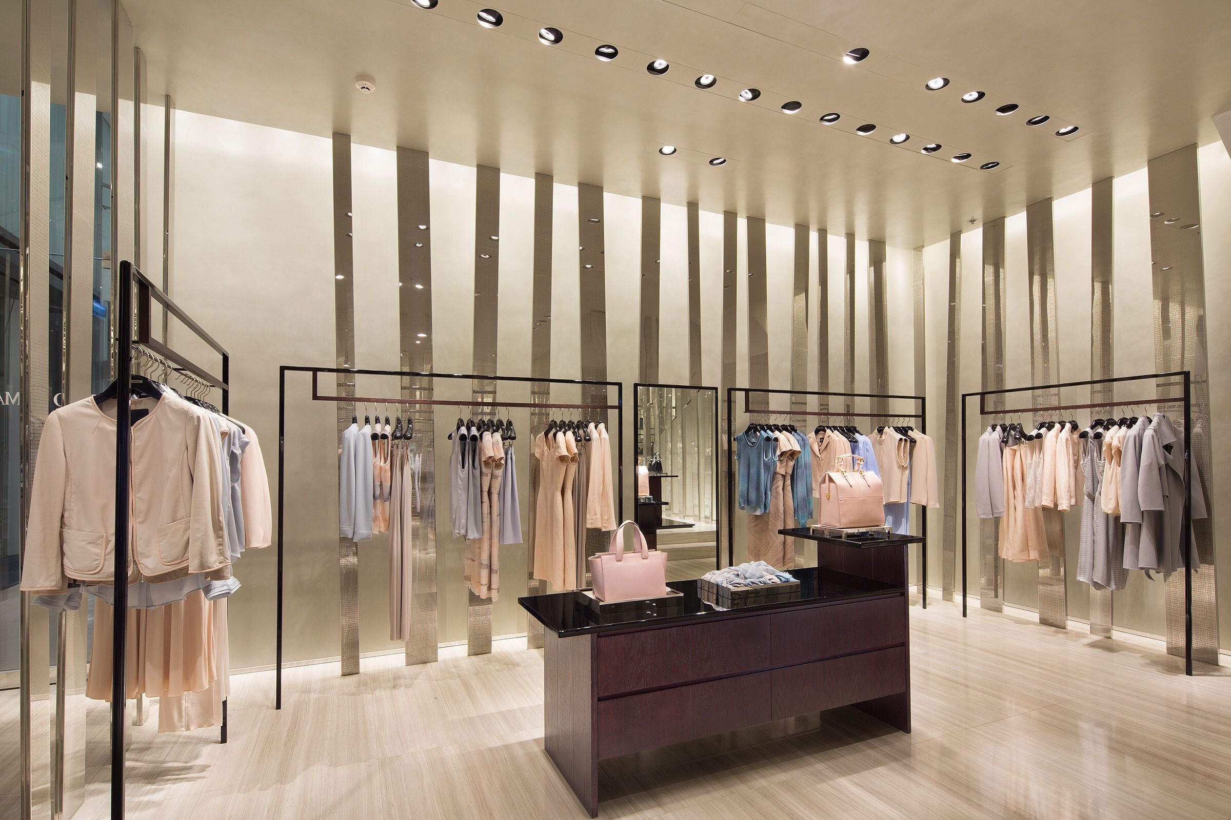 Armani store my interior design interiores de tienda for Interior design negozi