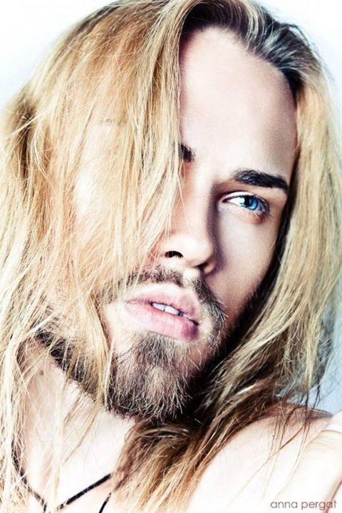 Blue Eyes And Long Blonde Hair Men S Long Hairstyles Long