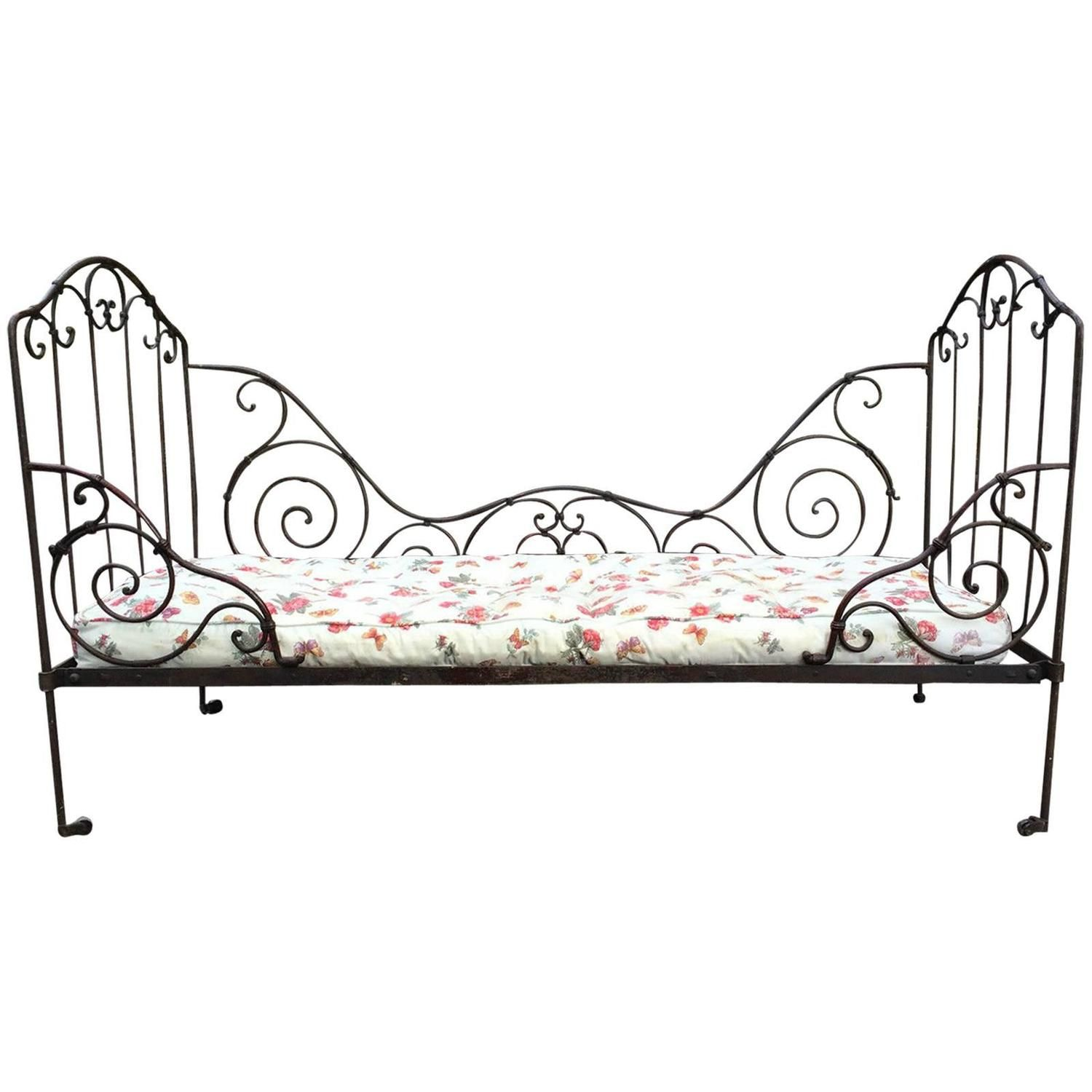 French Antique Victorian Daybed 19th Century Casters Wrought Iron 1stdibs Com Victorian Daybeds Iron Chair French Antiques