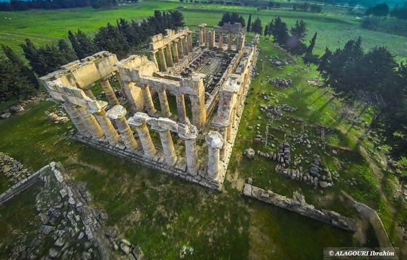 عندما تجتمع الأثار الرومانية الجميلة مع الطبيعة الخلابة فأنت في الساحرة شحات ليبيا معبد زيوس كما لم تشاهده من قبل Libya Photo City Photo