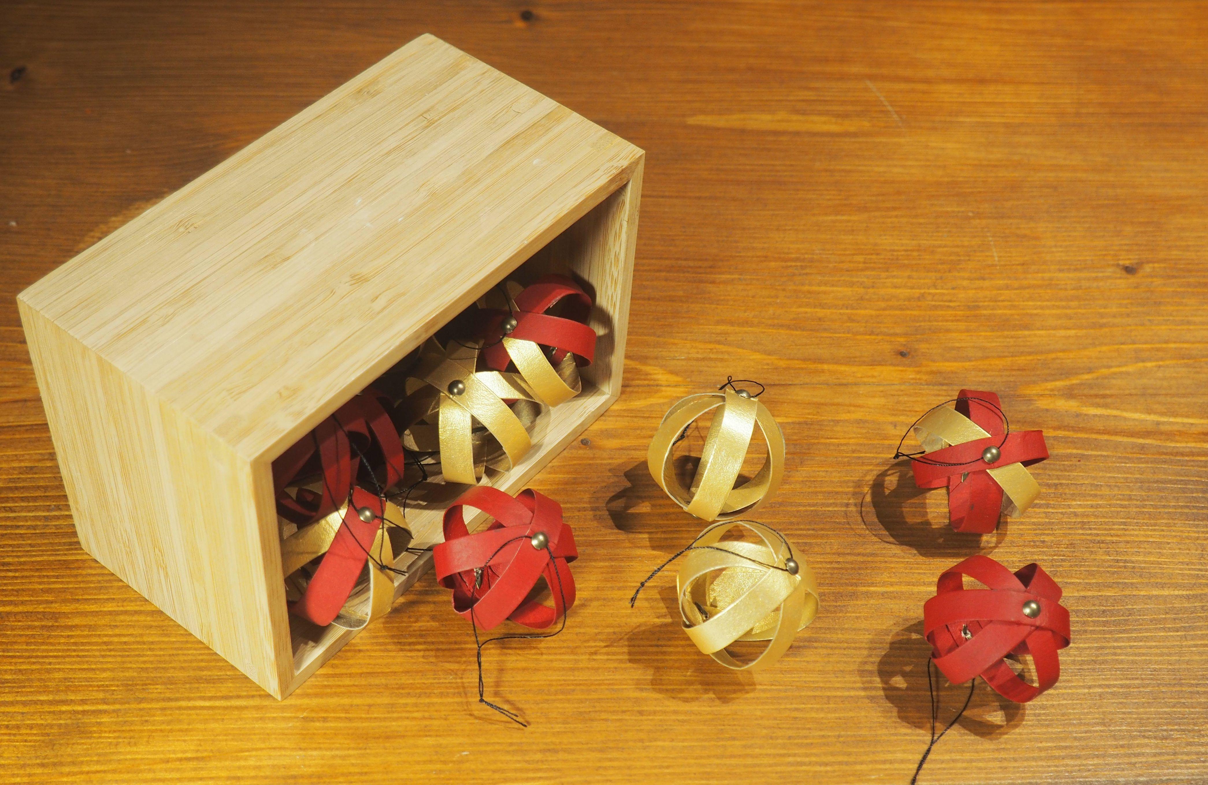 Bricolage de Noël avec des rouleaux de papier toilette