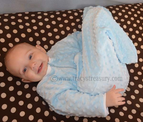 Tracy S Treasury Diy Baby S Sleep Sack Sewing Tutorial Baby Sleep Sack Diy Baby Stuff Diy Baby Clothes