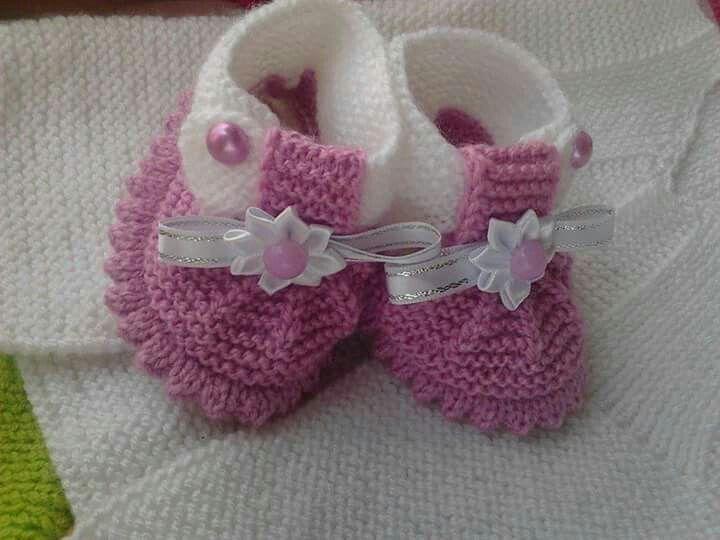 Pin de Yaneth Pedreros en bebé | Pinterest | Zapatos tejidos ...