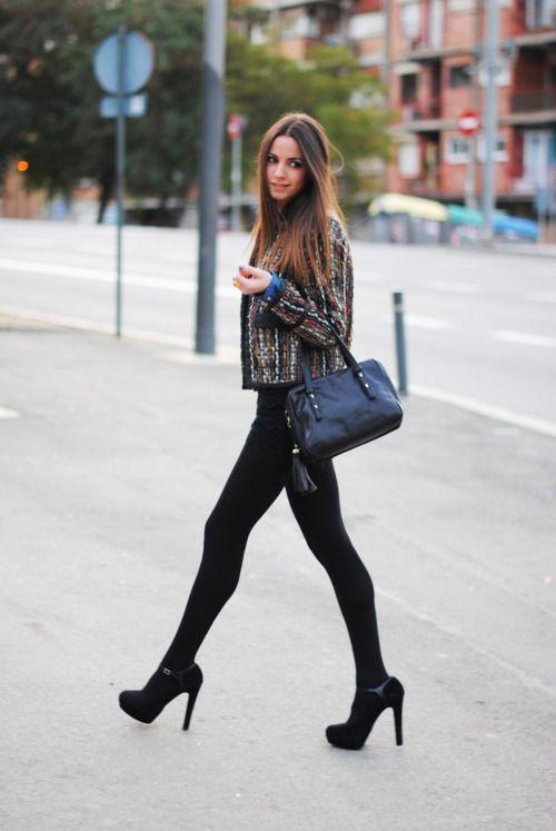 High heels with black leggings #streetstyle