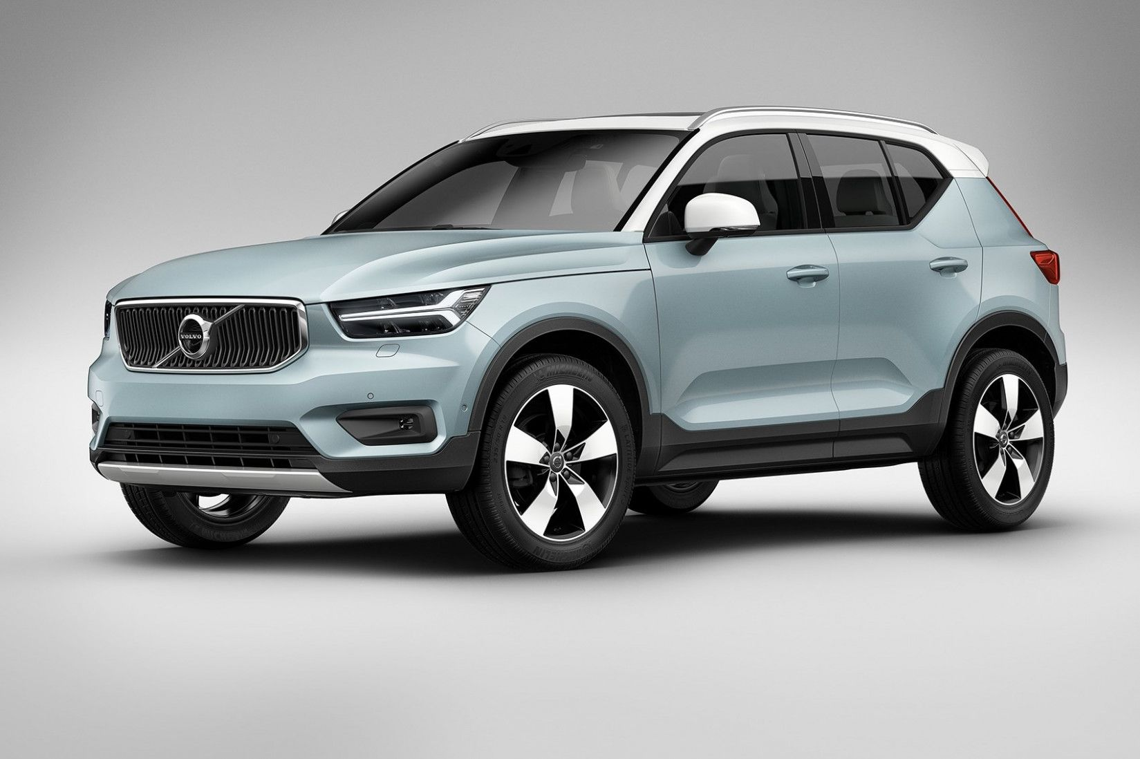 Pin By Arianna Landry On New Car In 2020 Volvo Suv Volvo Suv