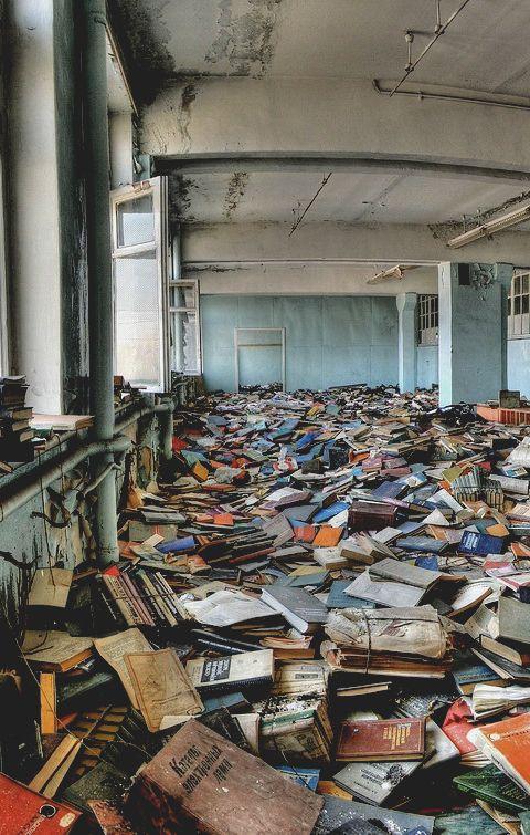 Rusya'da bir kütüphaneyken...