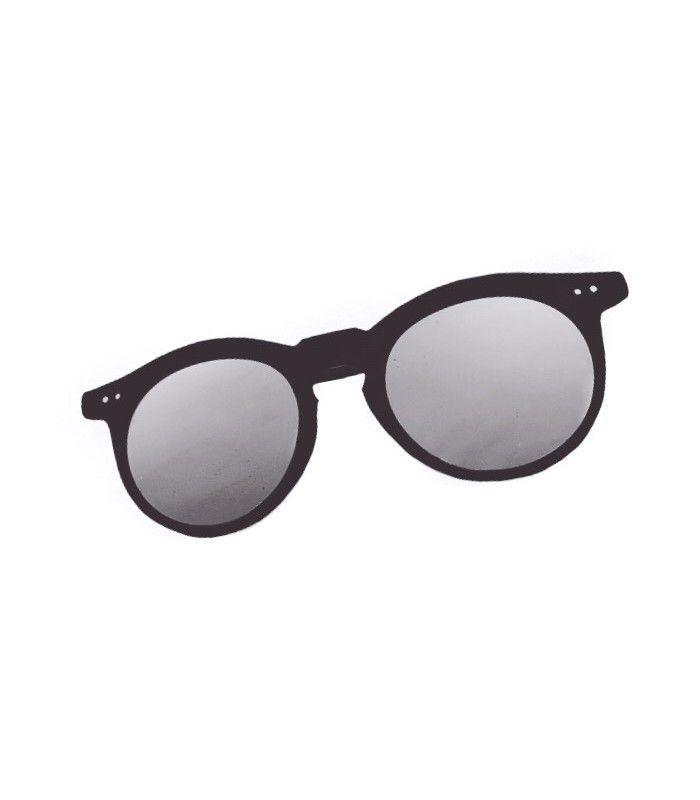 4c75af85e529b Gafa de sol armadura negra y lentes plateadas.