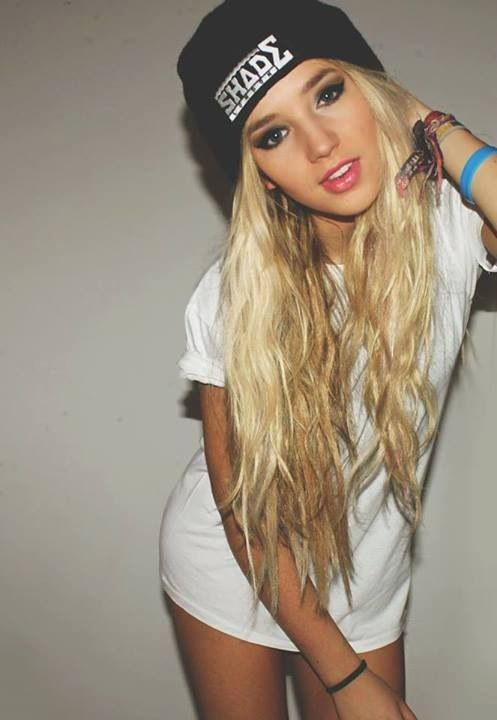 hair blonde with swag Tumblr girls