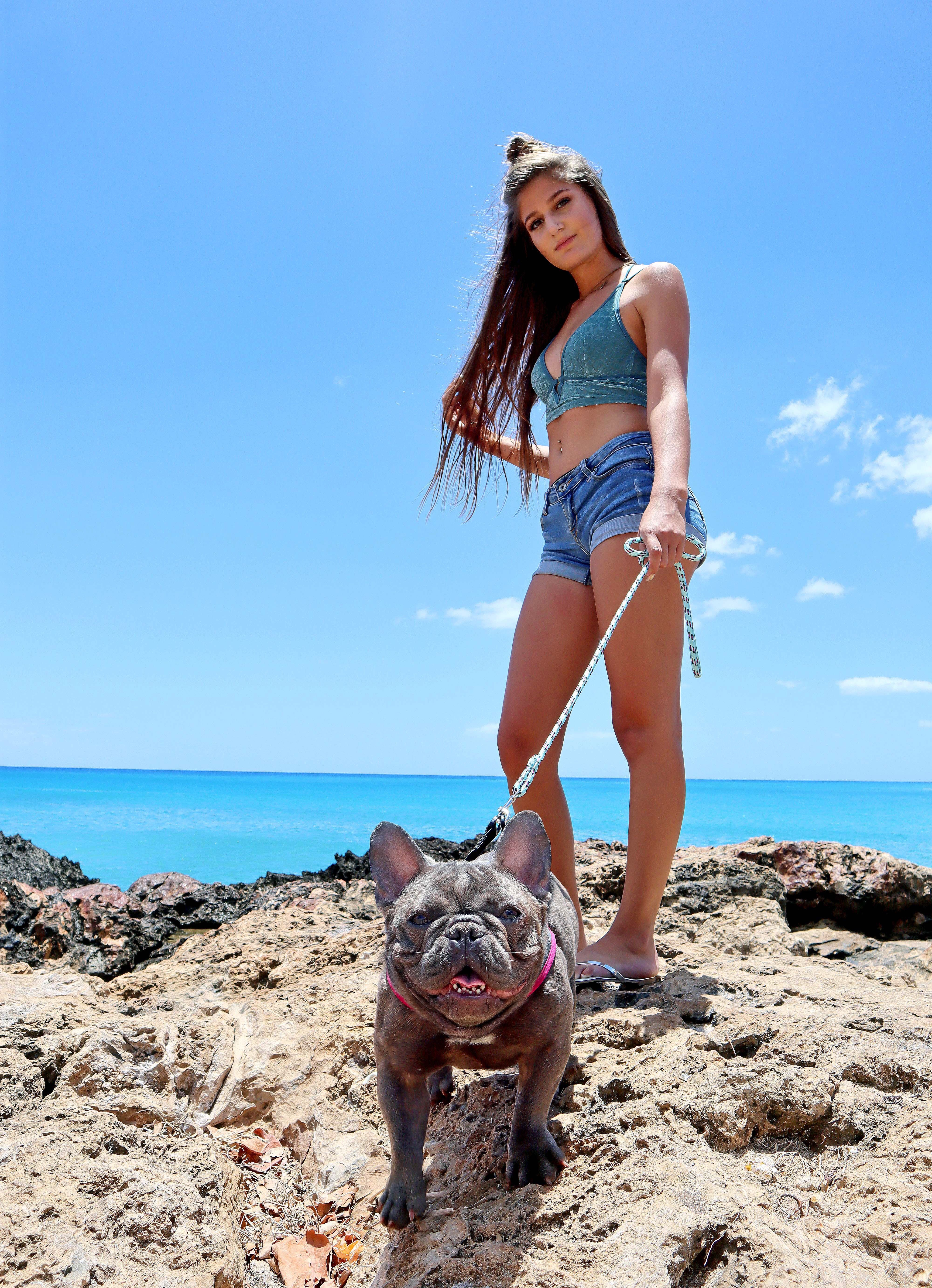 Hawaii Ocean Model Eleianna And French Bulldog Luxe All In