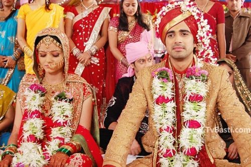 Choti Bahu - Pictures from Chhoti Bahu Zee Tv Drama Serial