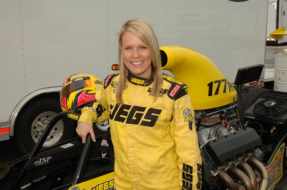 Samantha Kenny Makes Strides Towards Successful Career in NHRA Super Comp Class