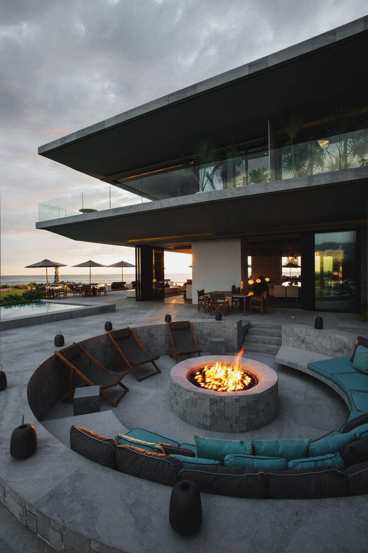 feuerstelle im außenbereich, runde feuerstelle, beton, gemauerte