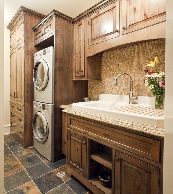 Kitchen Trends Knotty Alder Kitchen Cabinets: Natural W/ Ebony Glaze