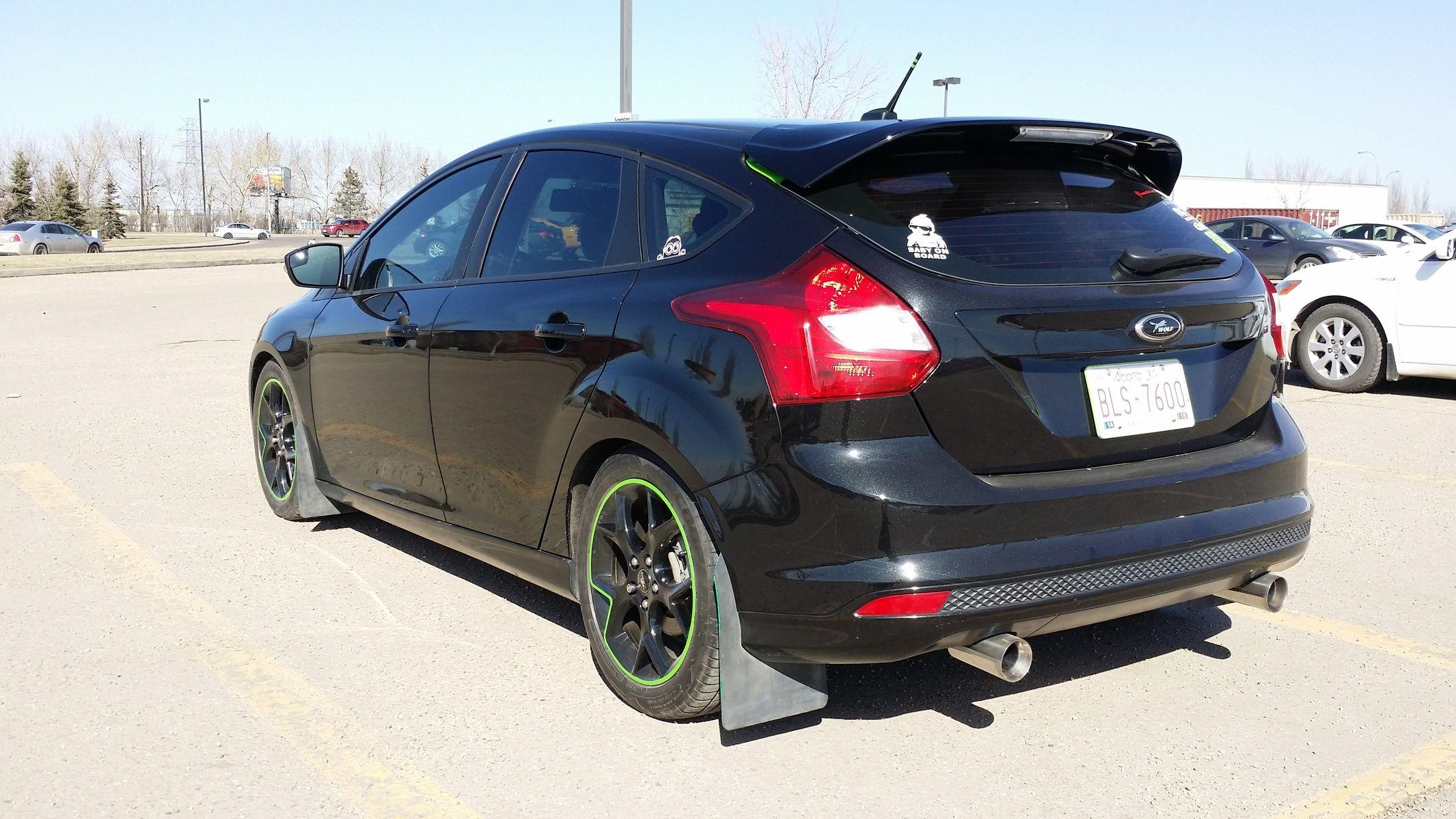 pin on ford focus se hatchback
