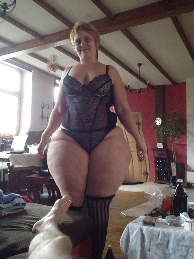 Mature chubby women photos