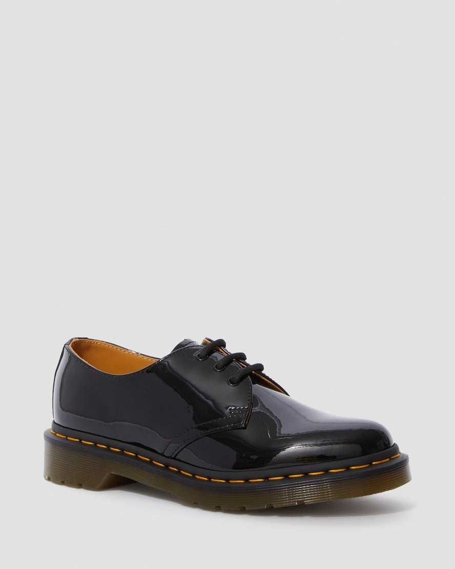 Dr Martens 1461 Patent Women S Leather Oxford Shoes In 2020 Leather Shoes Woman Oxfords Leather Shoes Woman Leather Oxford Shoes