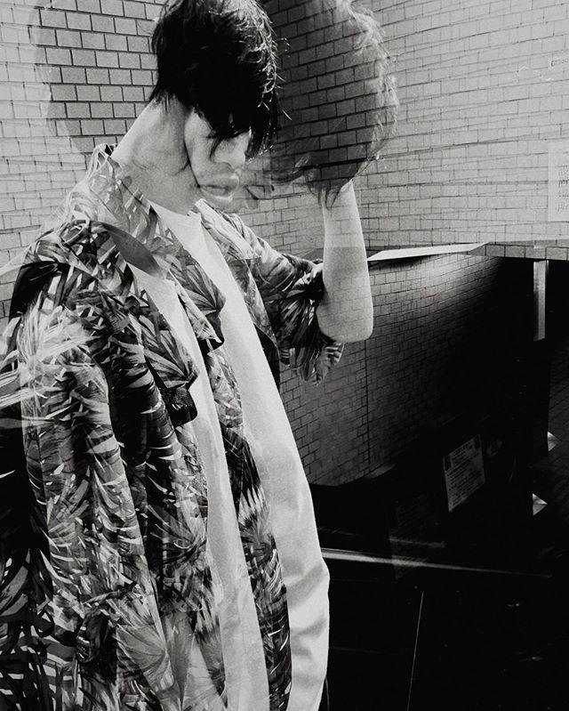 model @tomohiro.0507 . #ポートレート #portrait #ポートレートモデル募集 #jp_portrait部 #good_portraits_world  #スクリーンに恋して #hibi_jp #その瞬間に物語を #monochromephotography  #blackandwhite  #何気ない瞬間を残したい #写真で伝える私の世界 #キリトリセカイ #二重露光 #撮るを楽しむ #jp_mood #jp_phos #whim_life #広がり同盟 #rox_captures #screen_archive #ifyouleave #coregraphy #indy_photolife #doubleexposure  #reco_ig #indeis_gram #HUEART_life #関西写真部  #関西写真部share