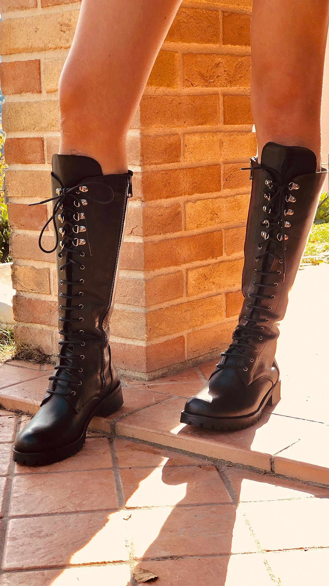 Stivali Donna Alti Neri con Lacci in Vera Pelle Made in Italy b42cc30569f