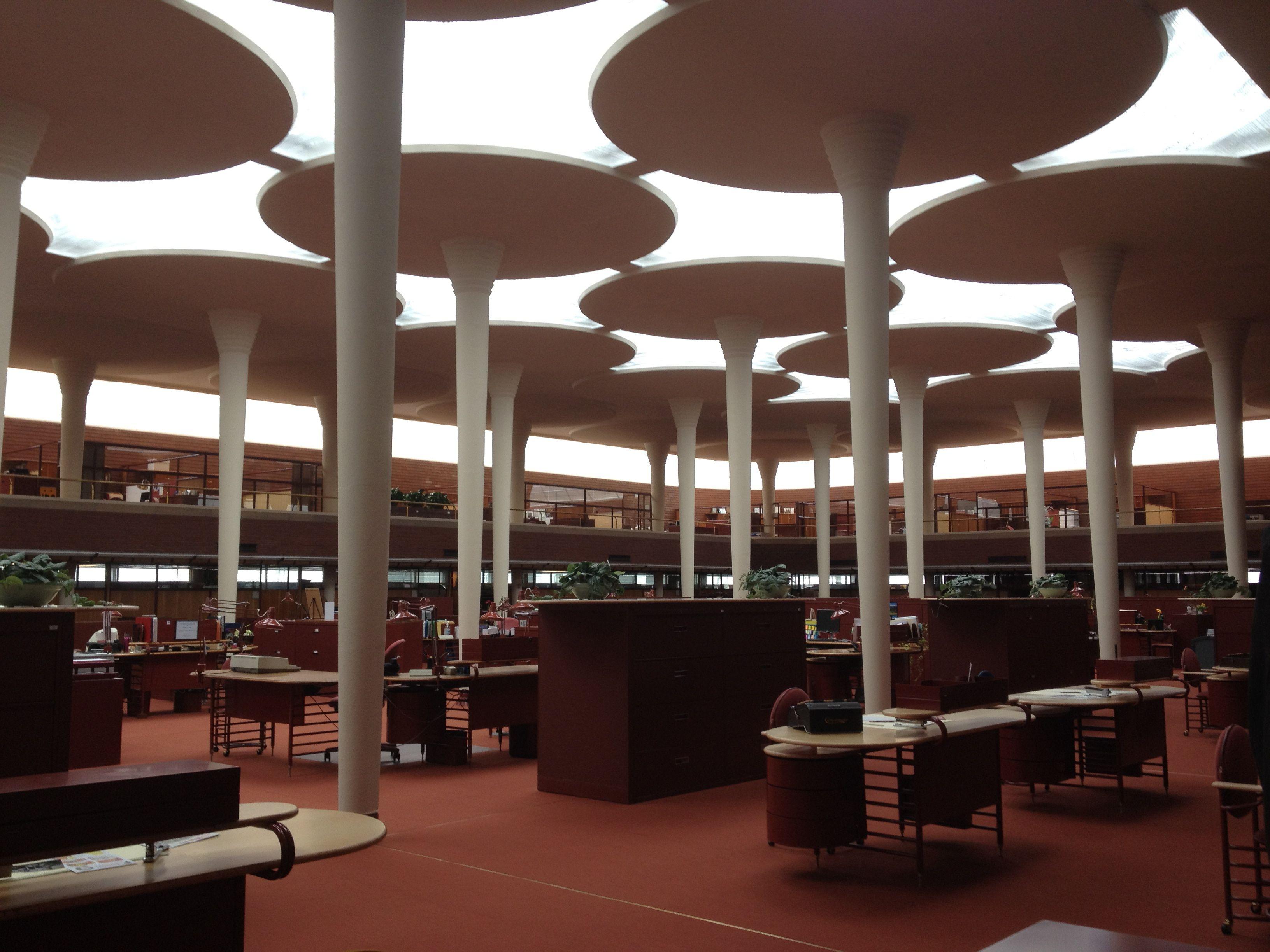 Johnson Wax Building - Frank Lloyd Wright   modernism ...