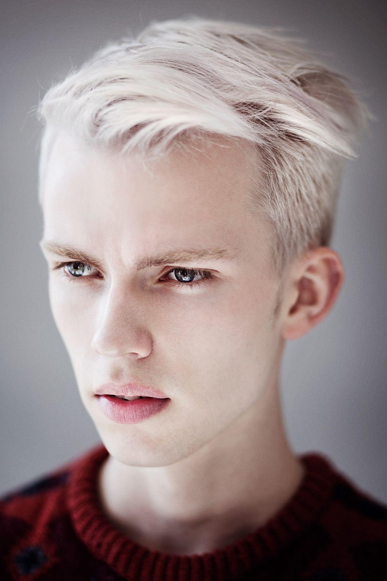Chris Close S White Hair White Hair Men Platinum Blonde Hair Men Platinum Blonde Hair