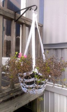 Mama Sweettater's: A New Crochet Plant Hanger with Pattern!