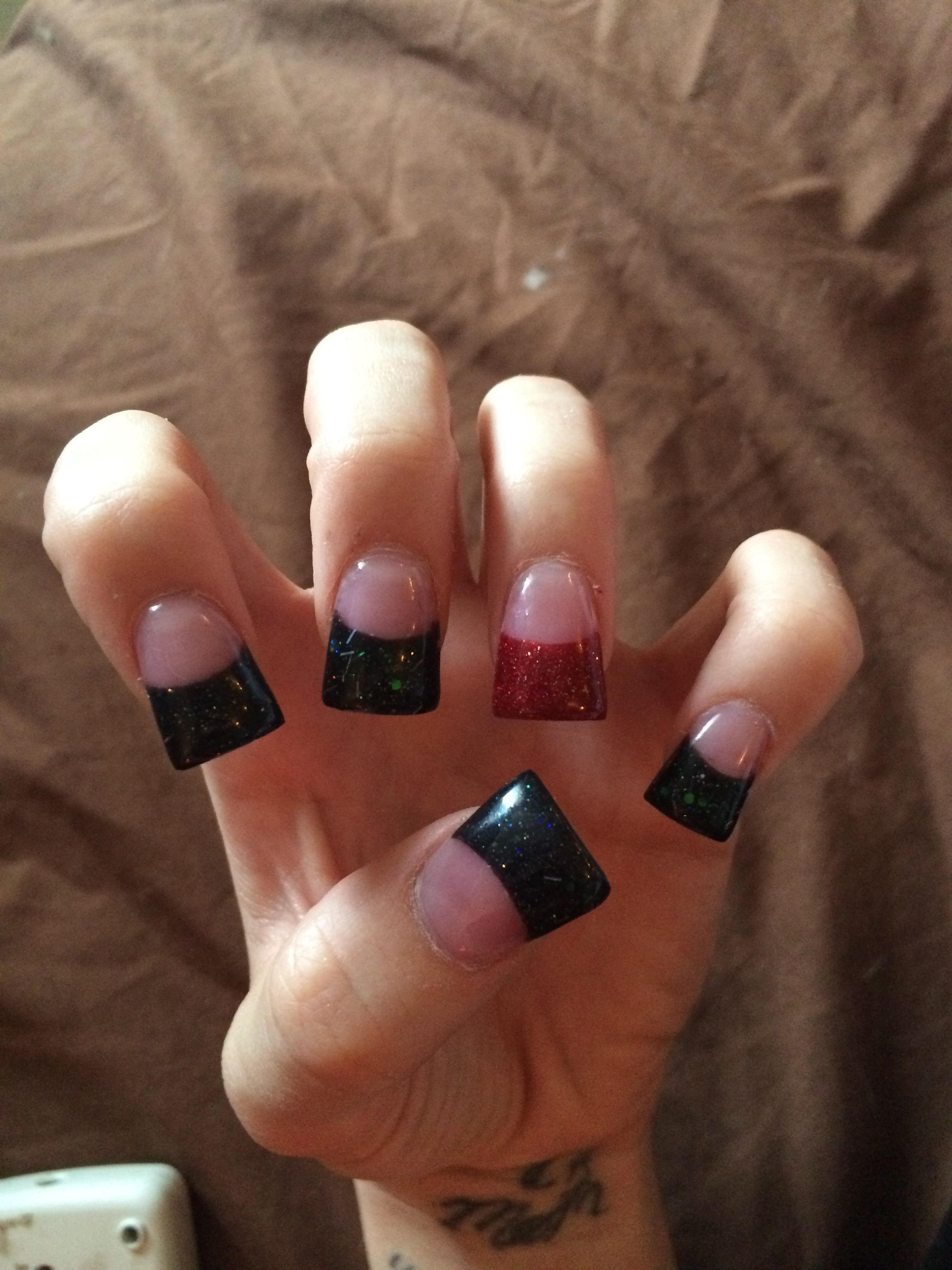 Awesome Flared Acrylic Black Glitter Tips With Red Glitter Accent Nail Zebra Acrylic Nails White Acrylic Nails Square Acrylic Nails