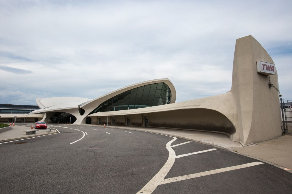 Go Inside The Ultra Cool Twa Flight Center Before It Becomes A Hotel