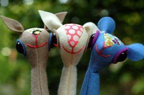 Tutorial: Warm fuzzy mammal finger puppets · Sewing | CraftGossip.com