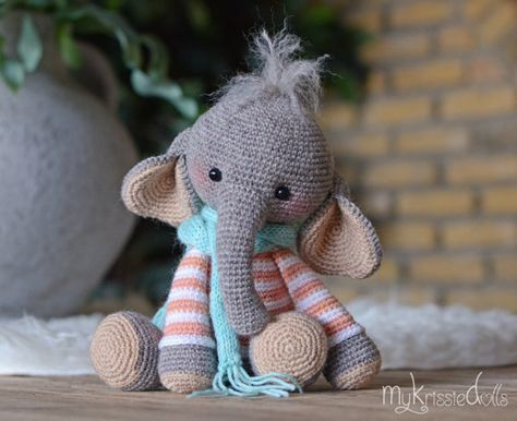 Ella the elephant and her boy friend | Crochet elephant pattern ... | 386x474