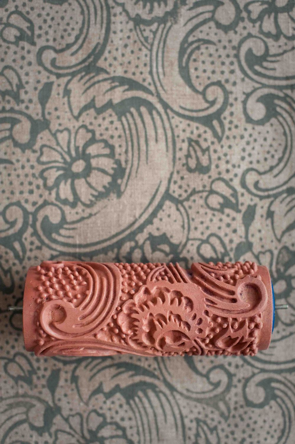 No 7 Patterned Paint Roller From The Painted House Keramik Monster Tval