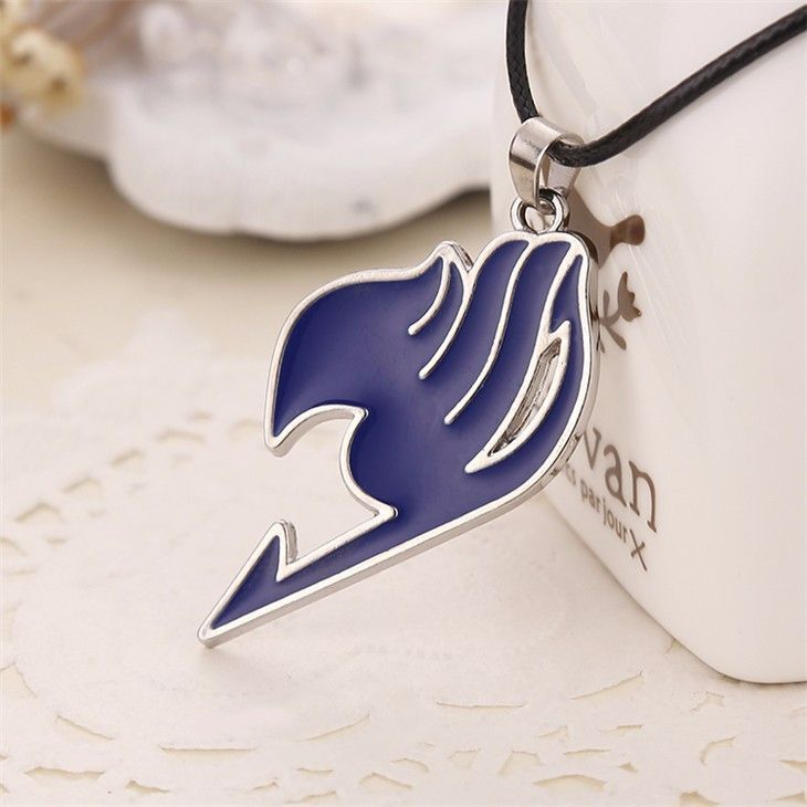 This necklace is inspired by the character Natsu Dragneel from Hiro Mashima's Manga and Anime Series Fairy Tail. This exclusive Fairy Tail Symbol necklace of the Fairy Tail Wizard Guild comes in a bla
