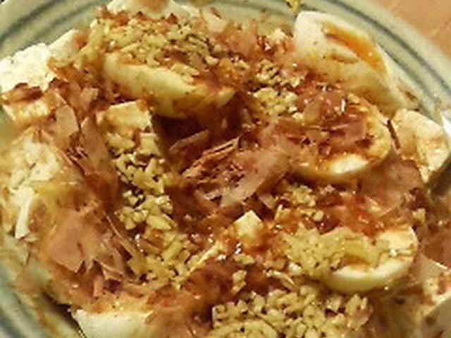 ゆでたまごと豆腐のサラダの画像