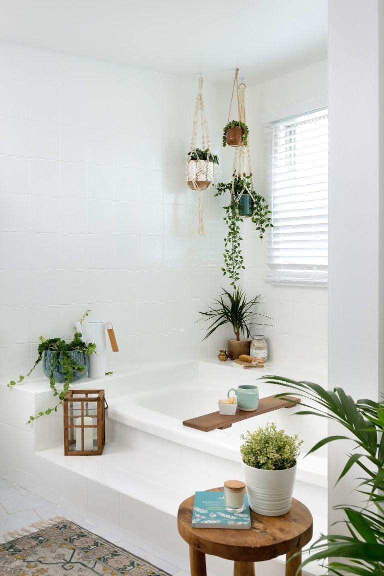 Boho Bathroom Ideas By Leigh Ann Allaire Perrault In 2020 Mit Bildern Boho Badezimmer Badewanne Streichen Badewanne Dekoration