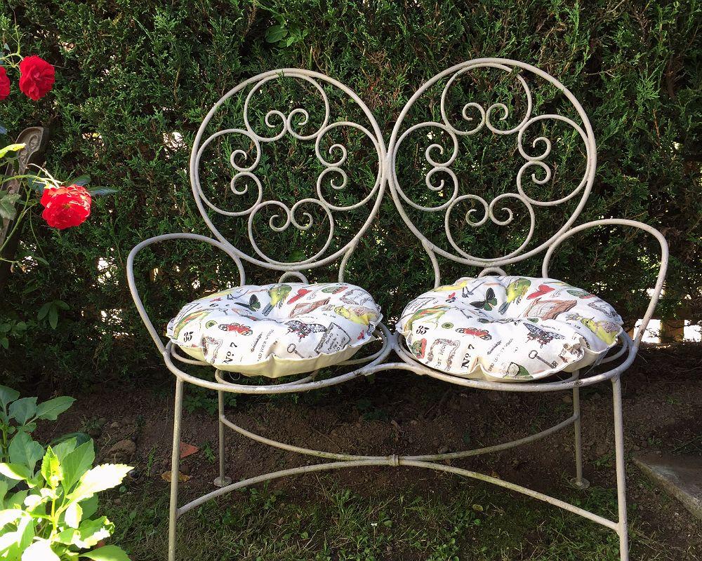 Pair Of Round Bird Print Farmhouse Style Cushions Bistro Set