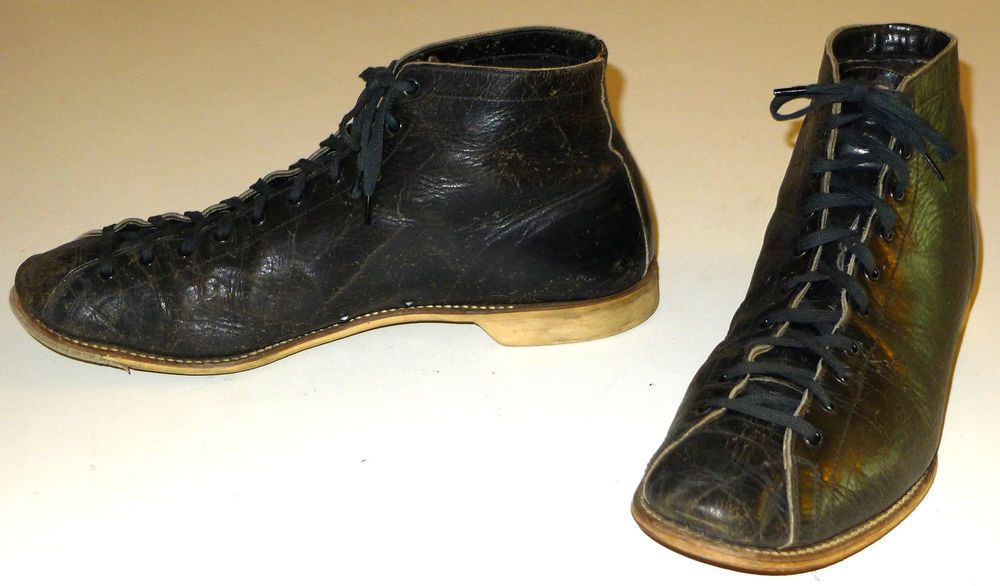VINTAGE HIGH TOP BOWLING SHOES 1940s