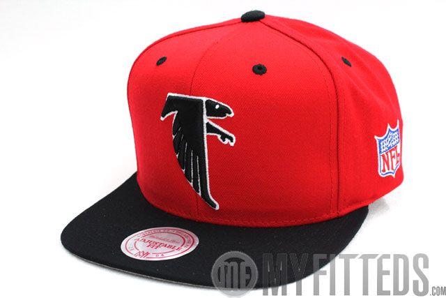 231b43c241a Atlanta Falcons Classic Scarlet Jet Black Mitchell   Ness Snapback ...