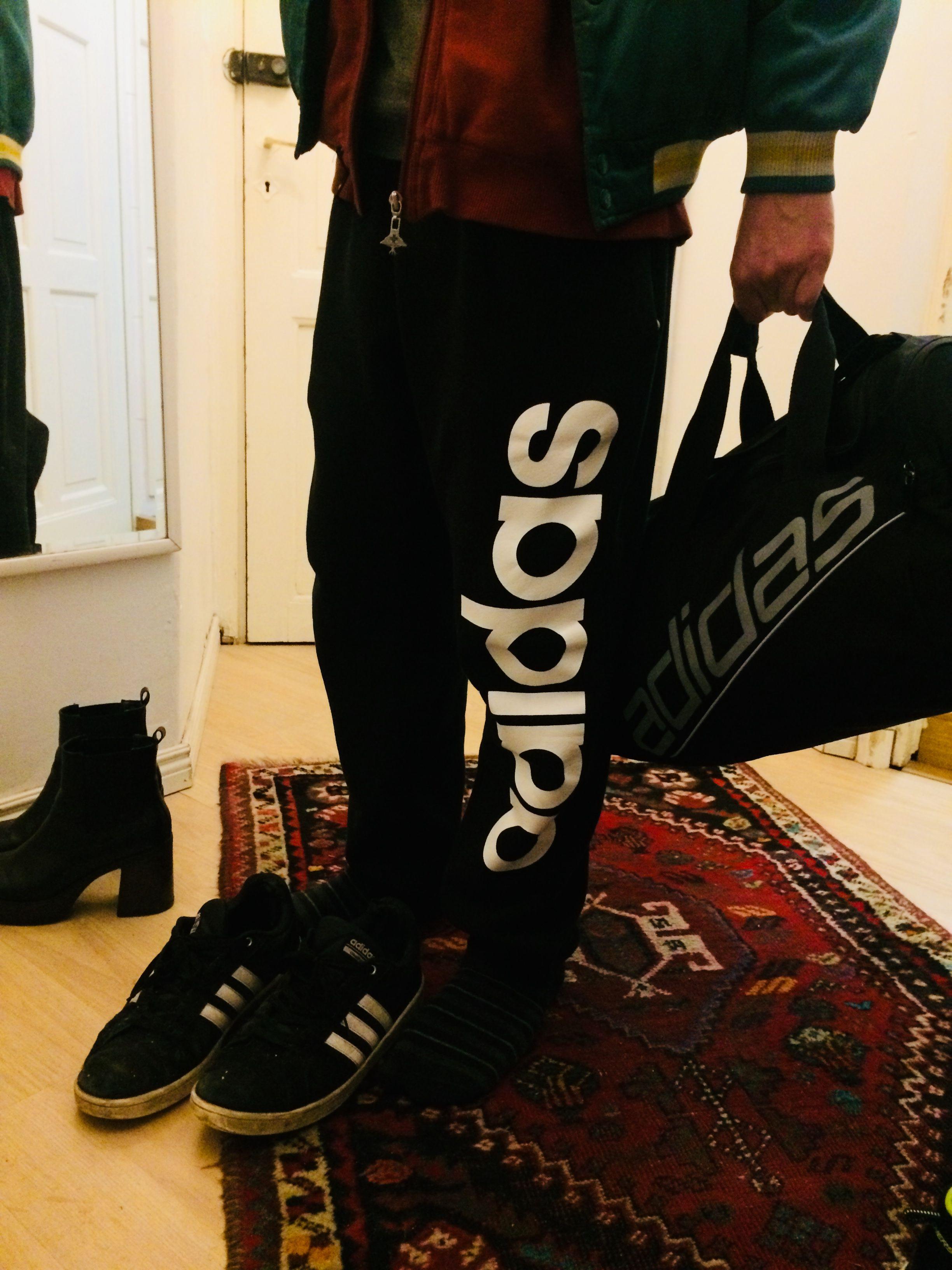 free shipping f3e89 d82ee Pin lisääjältä Julia Koskinen taulussa Adidas Nike   Nike ja Adidas