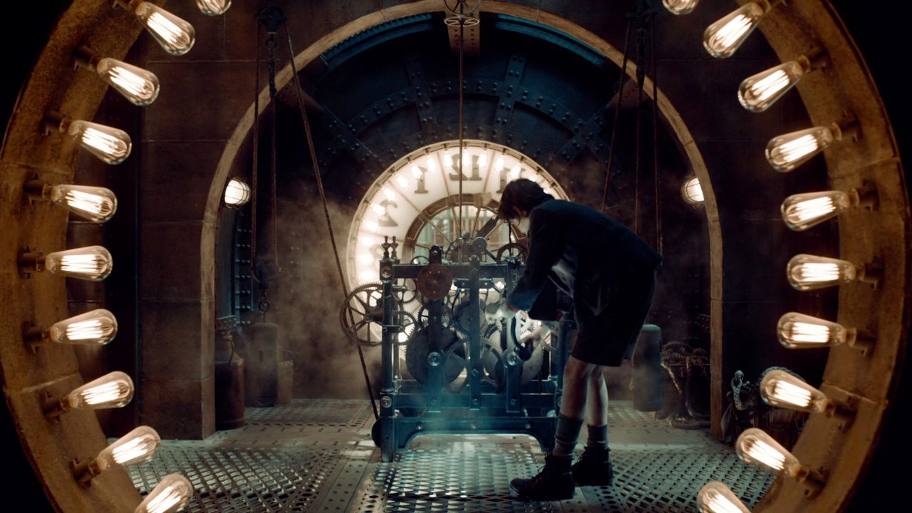 Asa Butterfield In Hugo 2011 Hugo Movie Cinematography Expendables Movie