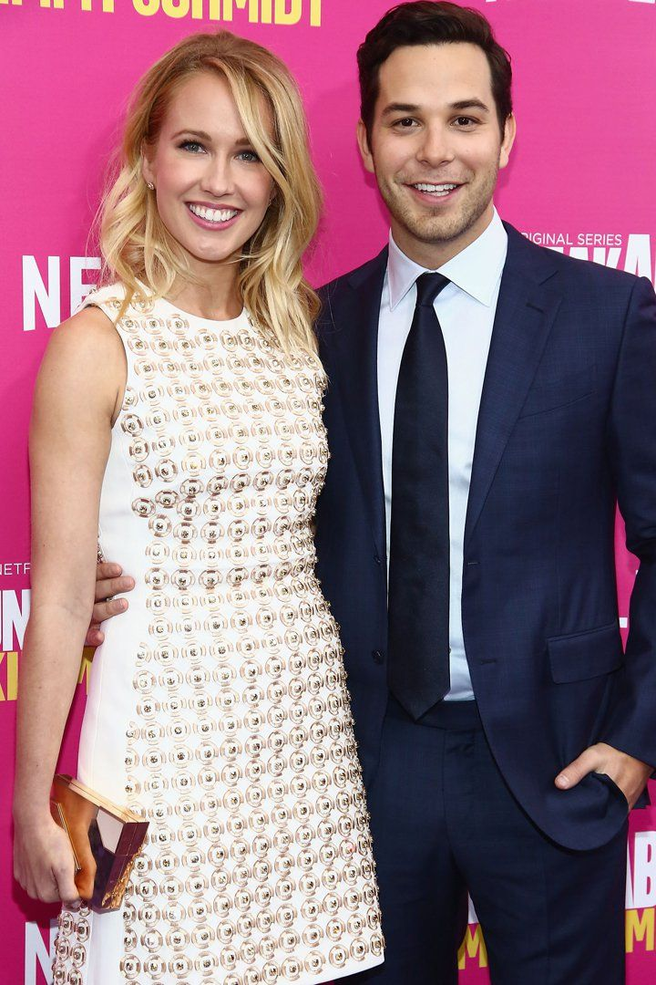 anna camp and skylar astin relationship