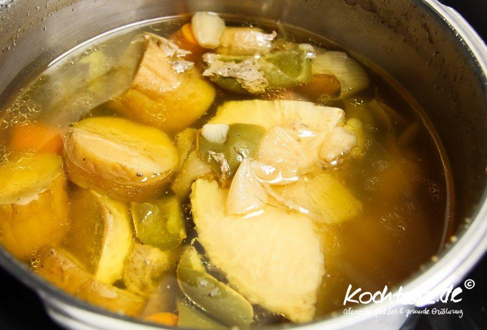 Hühnerbrühe Im Schnellkochtopf