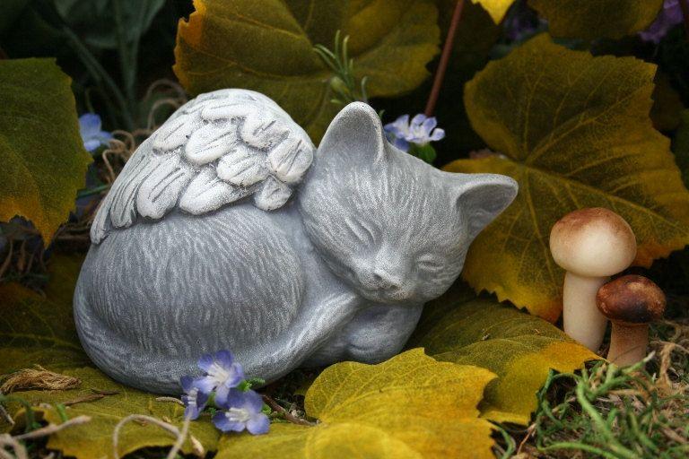 Angel Cat Statue Pet Memorial Marker Cat Statue Pet Memorials And Markers