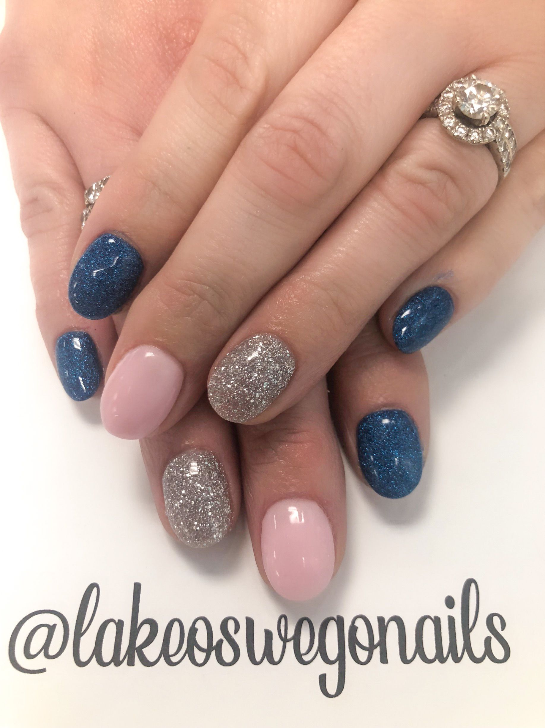 Dainty Sparkly Nails in 2020 | Sparkly nails, Nails ...