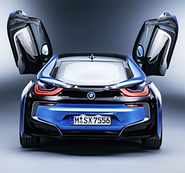 bmw i8 la voiture de sport du futur voiture de courses pinterest bmw i8 voitures de. Black Bedroom Furniture Sets. Home Design Ideas