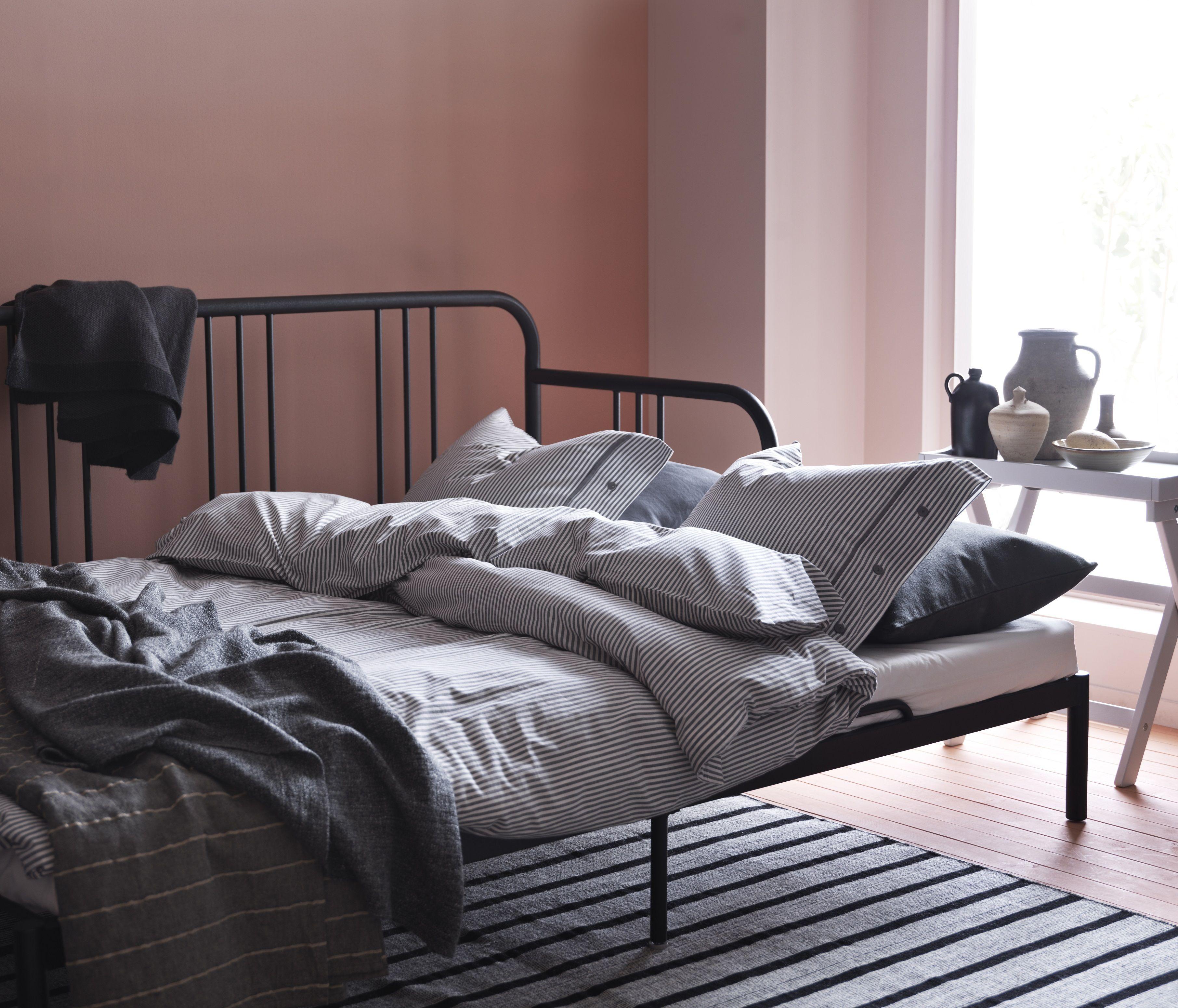 Ikea Metalen Slaapbank.Nederland Bedbank Bed Meubels En Ikea Slaapkamer