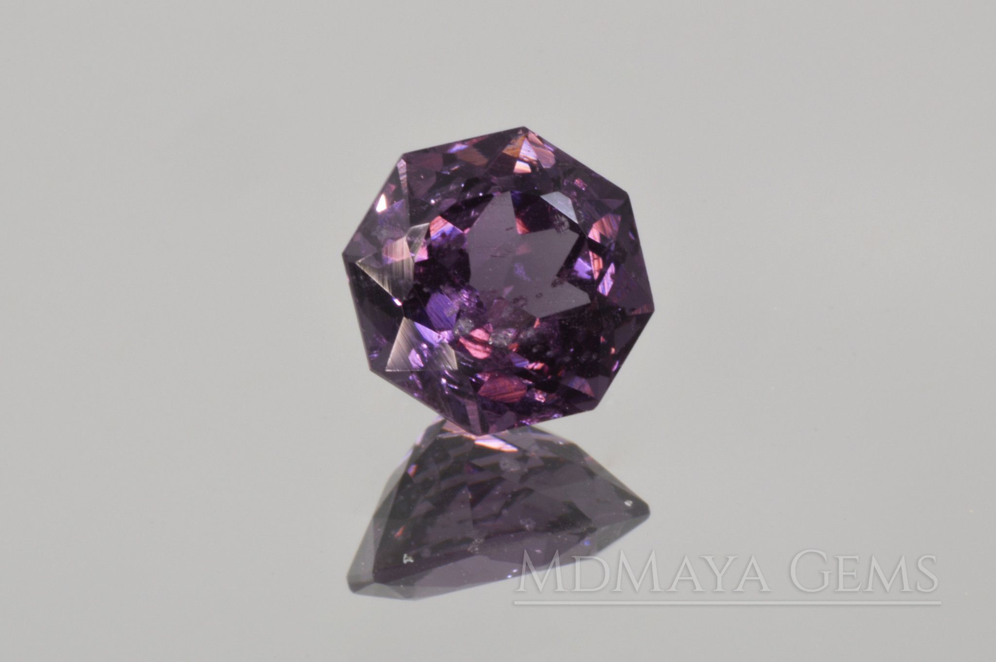 color purple lovely this called aquarius like gemstone pin is its beautiful of carat and also hindi has substone to berry that natural it due certified a black best rashi characterstics as jamun for ametrine jamuniya in