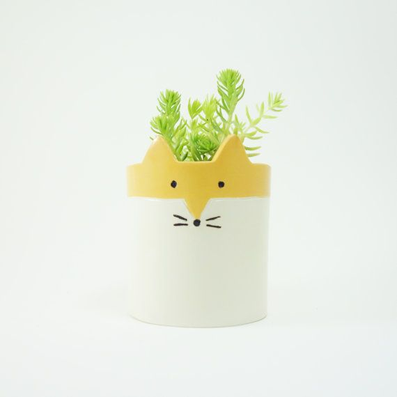 Hey, I found this really awesome Etsy listing at https://www.etsy.com/au/listing/207577529/fox-planter-ceramic-white-and-orange