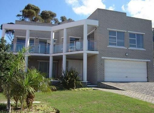 5 Bedroom House To Rent In Onrus For R 12 000 With Web Reference 103471384 Renting A House 5 Bedroom House House